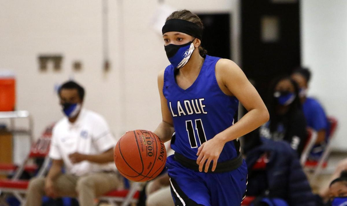 Ladue 44, Parkway Central 35