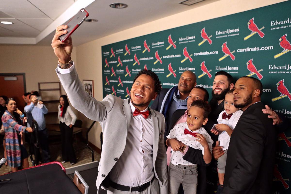 Carlos Martinez agrees to five-year contract