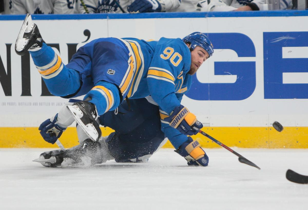 Photos: Blues fall to Toronto Maple Leafs 5-2