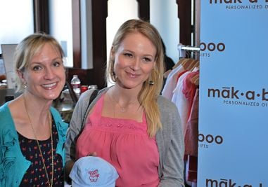 Personalized baby gifts from st louis a hit with golden globes makaboo gifts negle Image collections