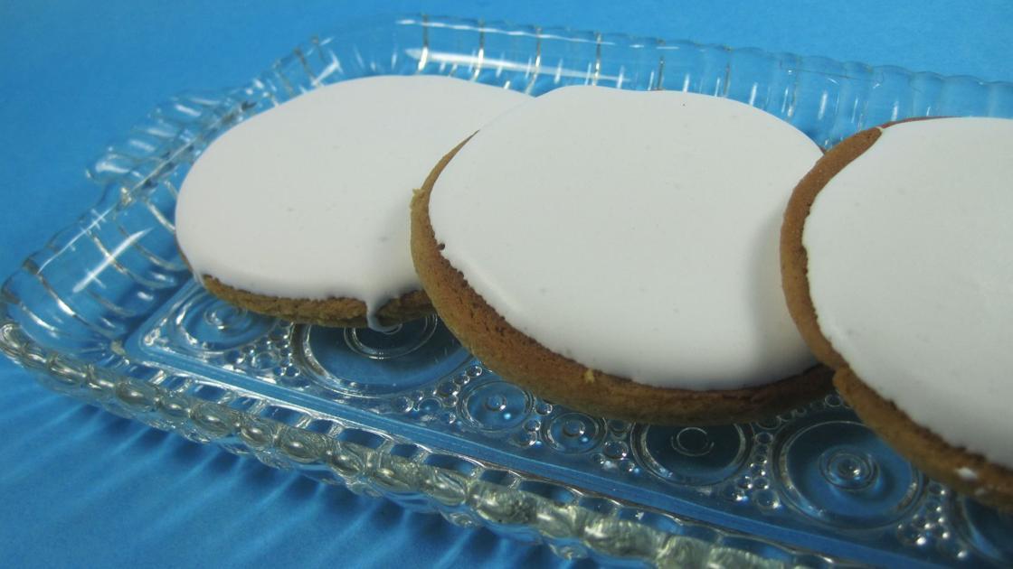 Molasses cookies from Gwin's Tiny Kitchen evoke memories of grandma