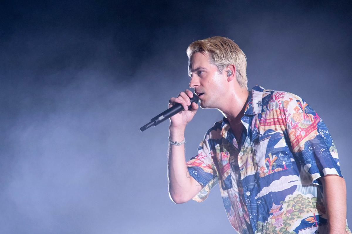 G-Eazy brings a pop-rap dance party to Hollywood Casino Amphitheatre