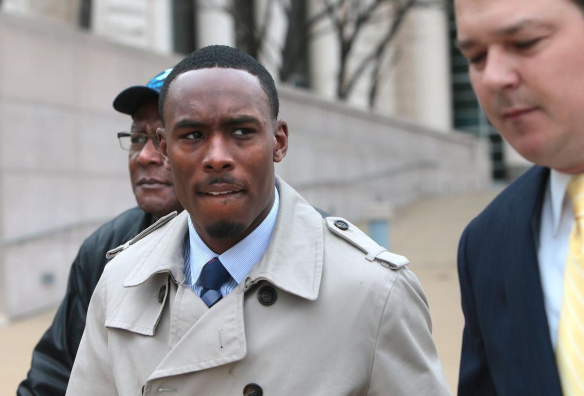 Former St. Louis cop admits giving shotgun to drug dealer