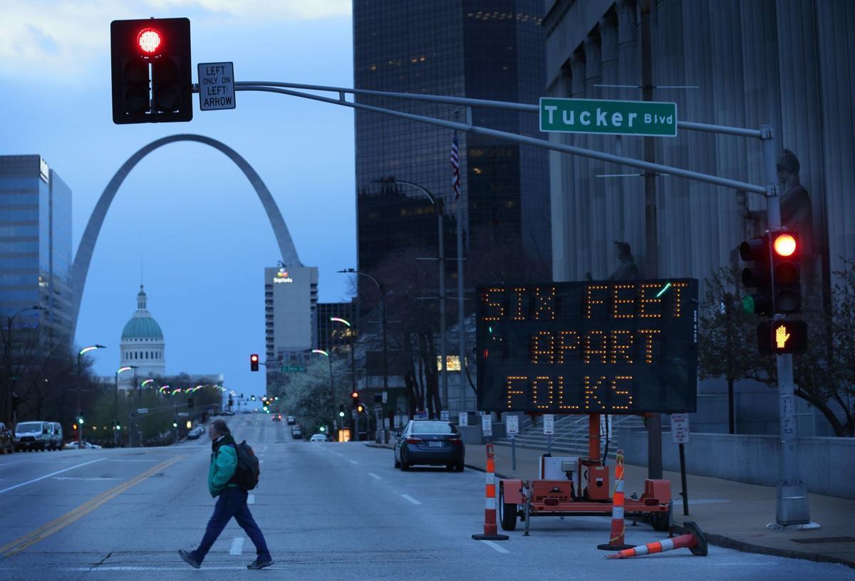 Social distancing St. Louis