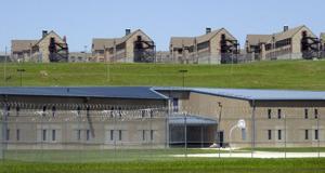 Missouri Gefängnis Krankenschwestern verklagt für unbezahlte Arbeit nach correctional officers gewinnen Sie Millionen