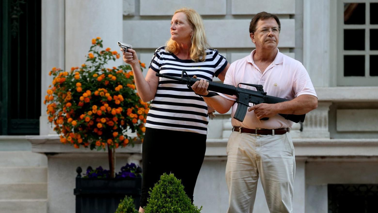St. Louis couple who pointed guns at protesters saw threat by 'bad ...