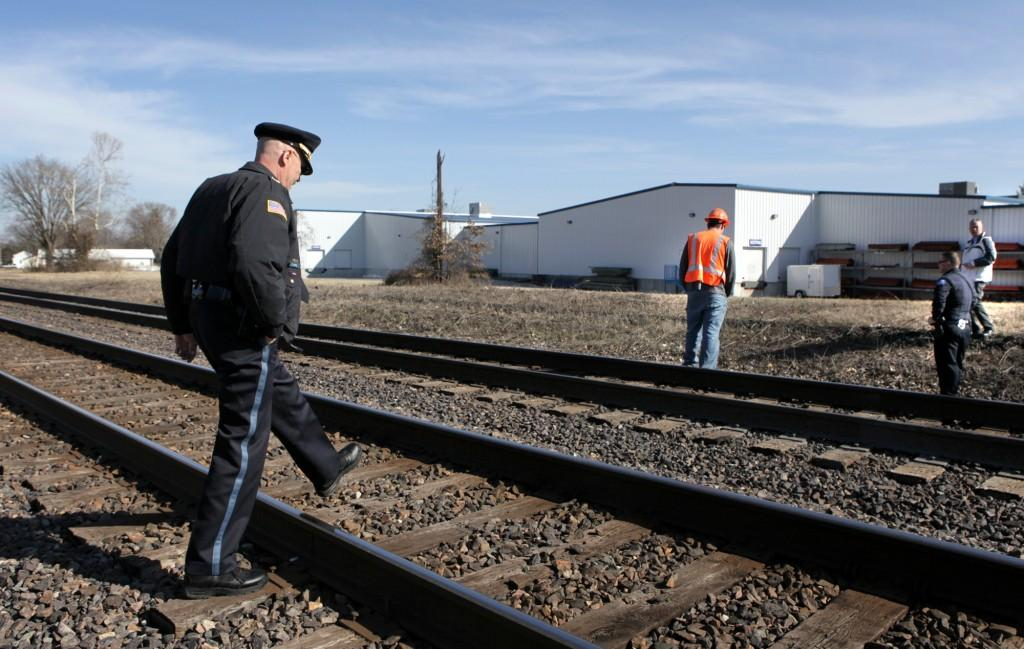 Hundreds die walking the tracks each year | Metro | stltoday com