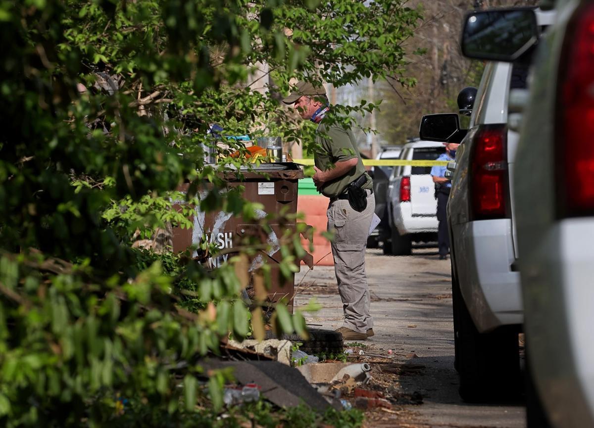 Body of man found in alley behind 4700 block Northland Avenue