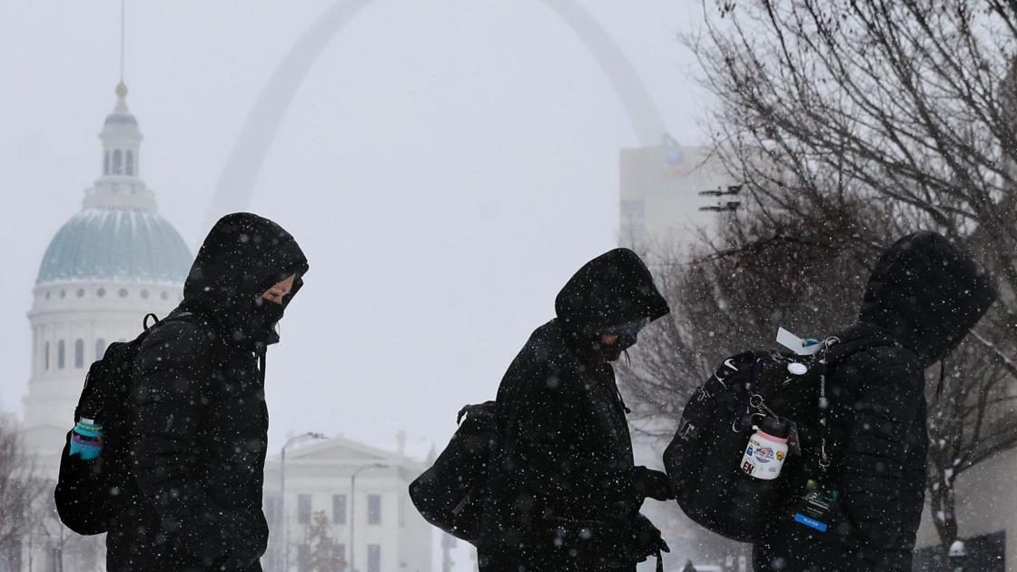 Deep cold puts pinch on natural gas, drives Missouri prices sky-high - STLtoday.com