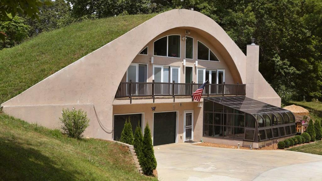 Earth Homes Living Down Under Home And Garden Stltoday Com