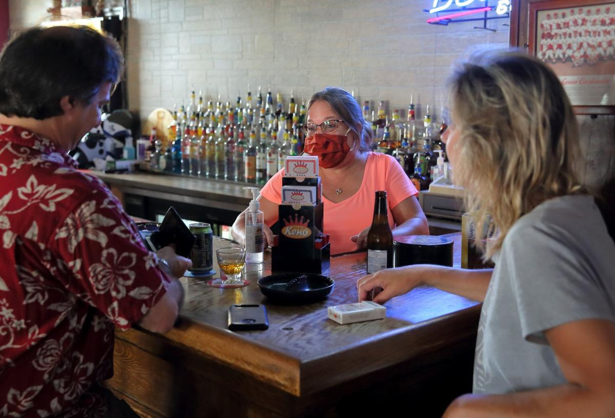 St. Louis County Pubs reopen