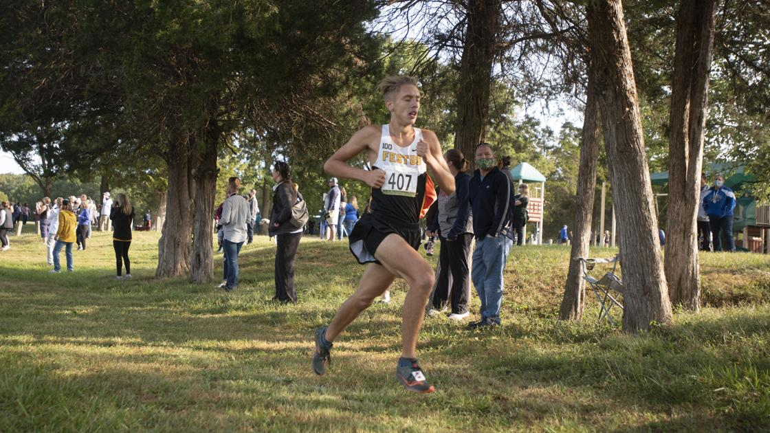 Schram breaks out to win Festus Bowles Invitational
