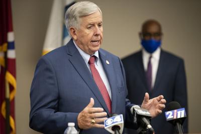 Governor Parson visits SLMPD
