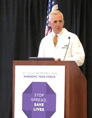 Coronavirus akan saring tapi tidak membanjiri St. Louis-area sistem kesehatan, new task force kepala kata