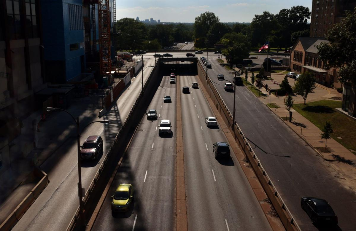 Forest Park Parkway will close to be raised