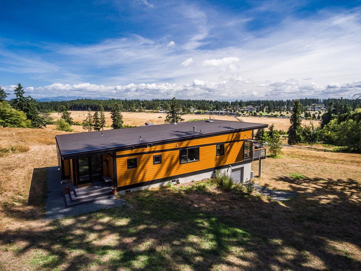 Prefab houses were once the 'holy grail of design.' So why aren't there more of them?
