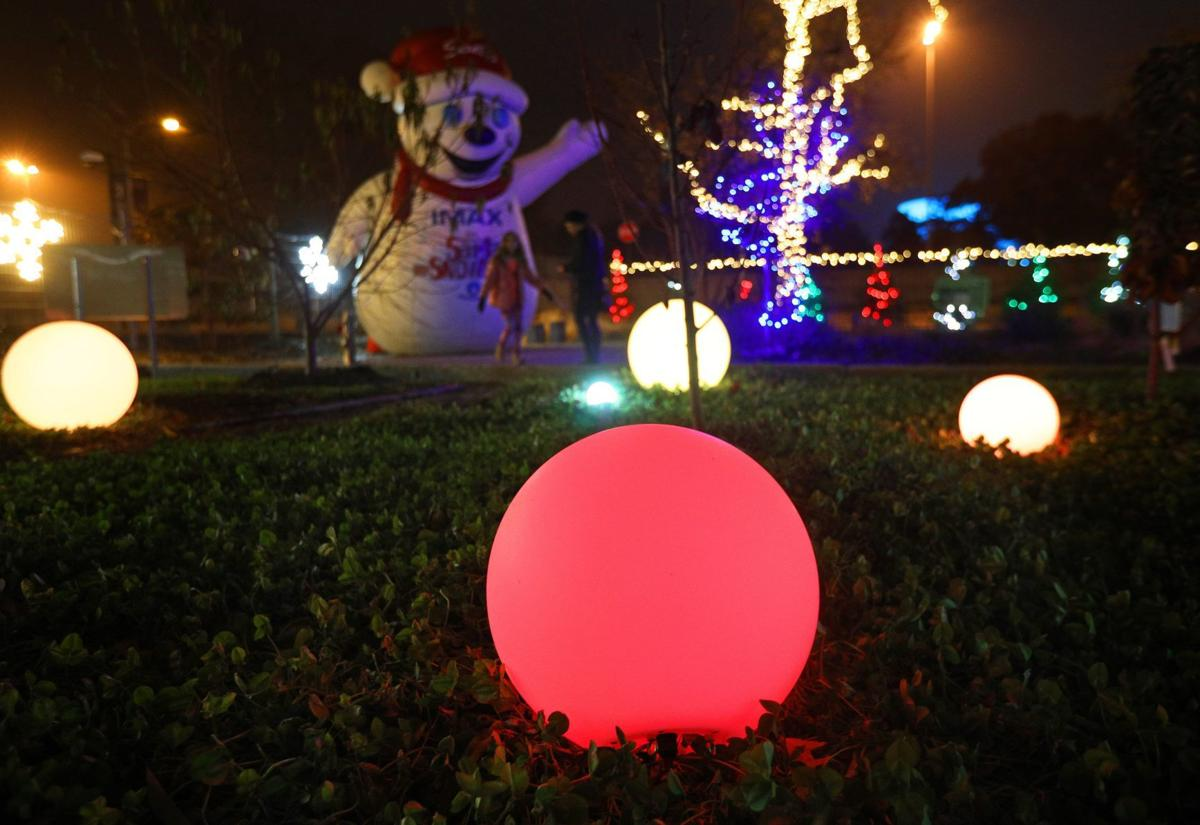 St. Louis Science Center sheds a little holiday light on its outdoor ...