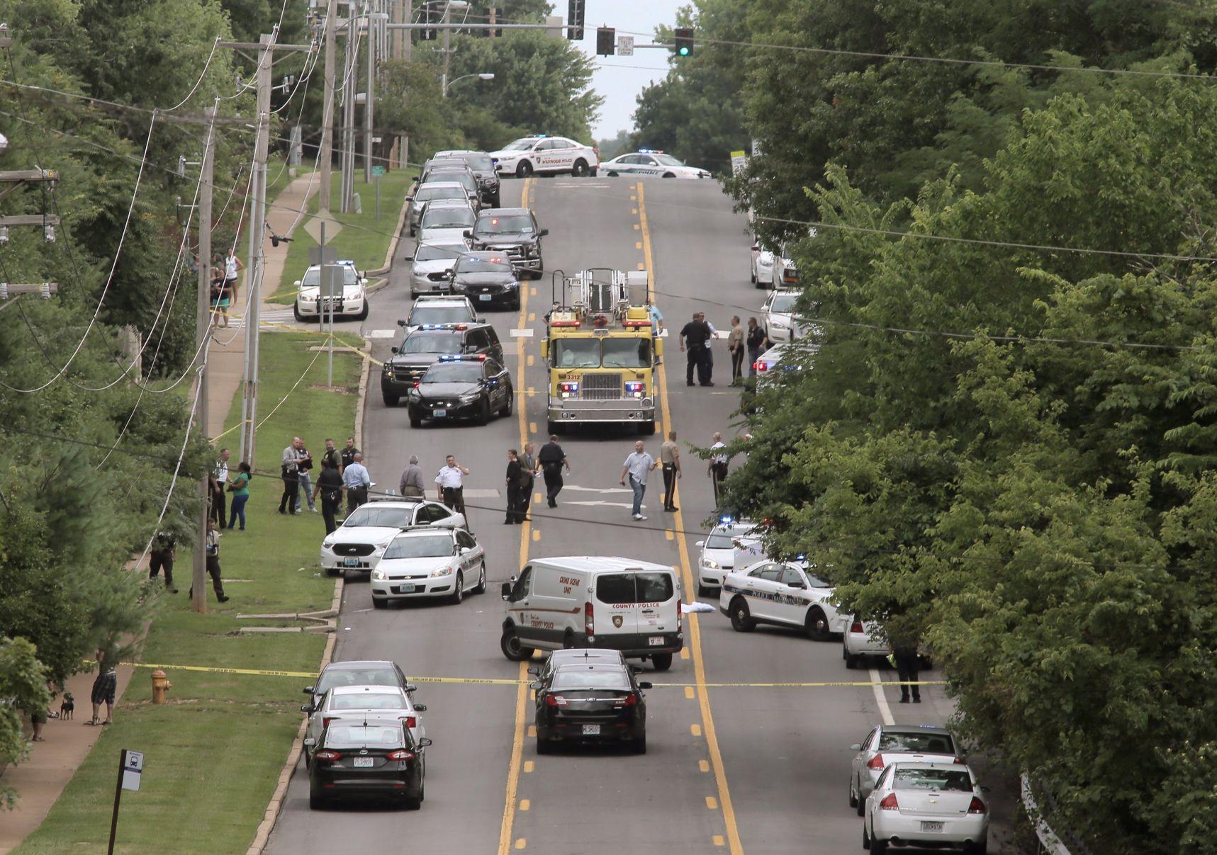 Ballwin police officer shot Wounded Ballwin officer