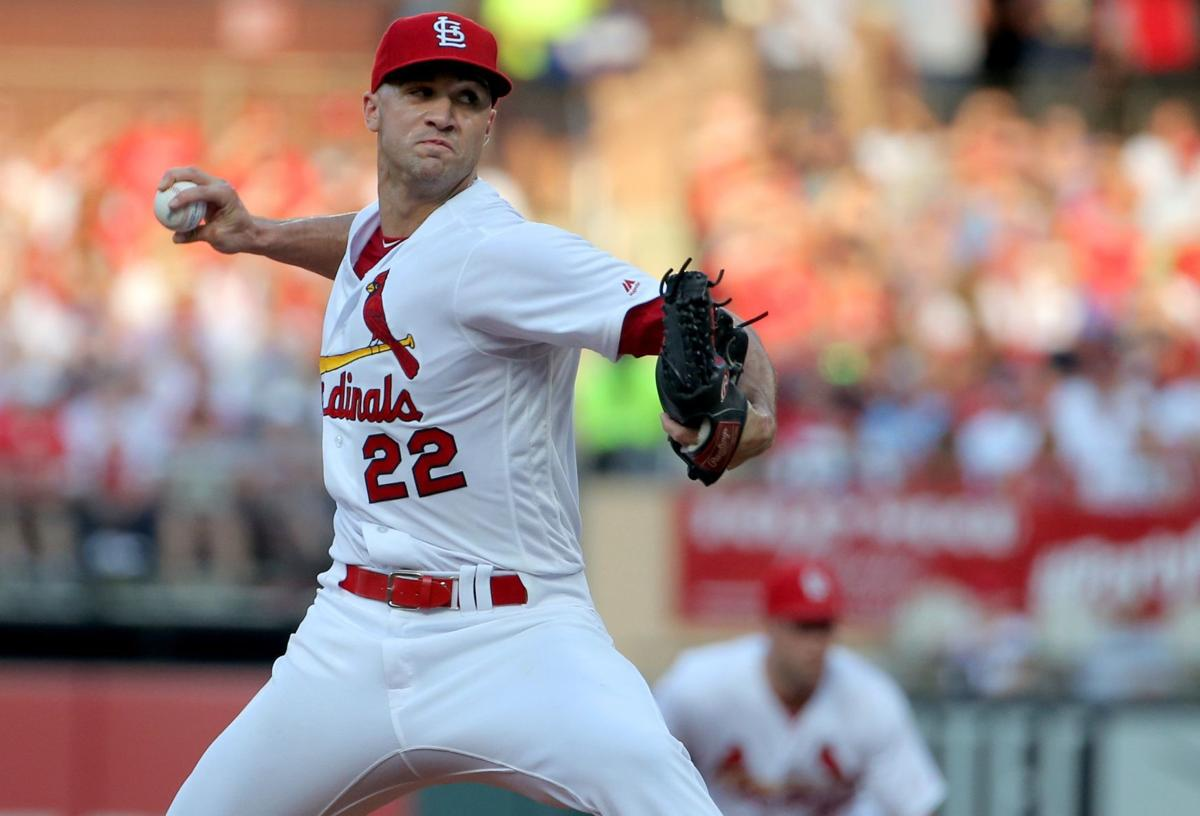Edman's three-hit day includes homer as Cards edge Reds 5-4