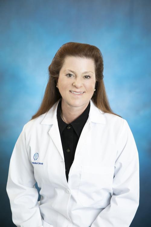 Dr. Amy Redmer