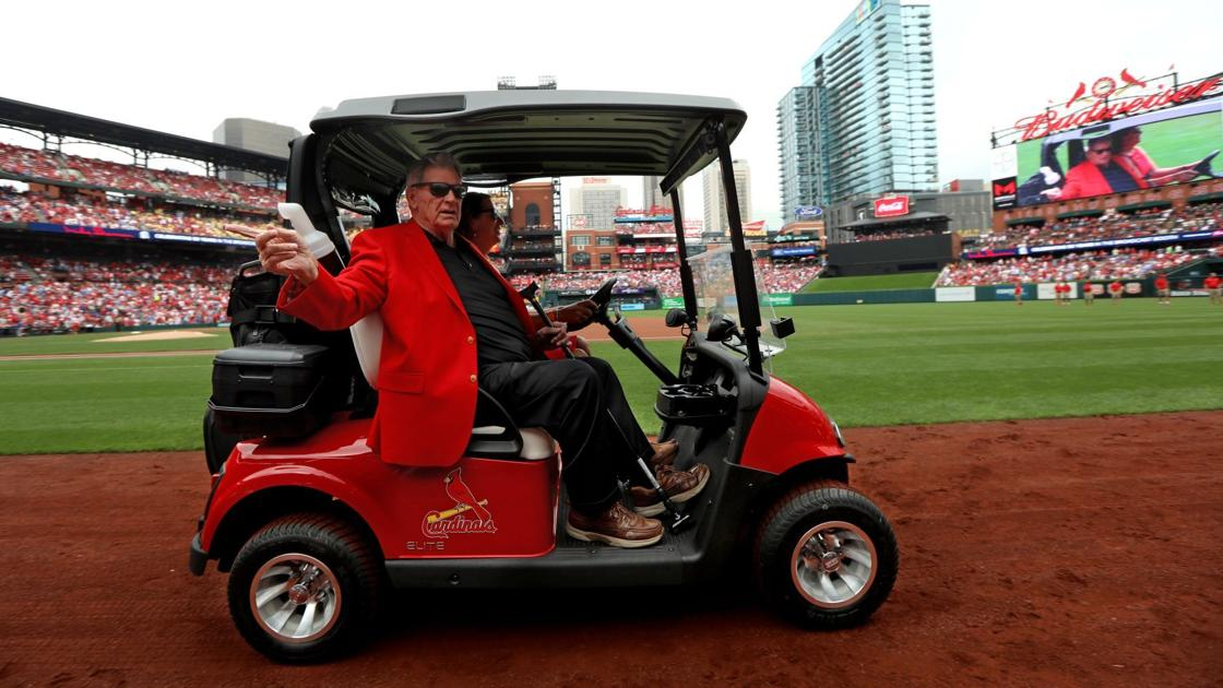 'It was too emotional': Shannon at loss for words when honored before Cardinals' final game