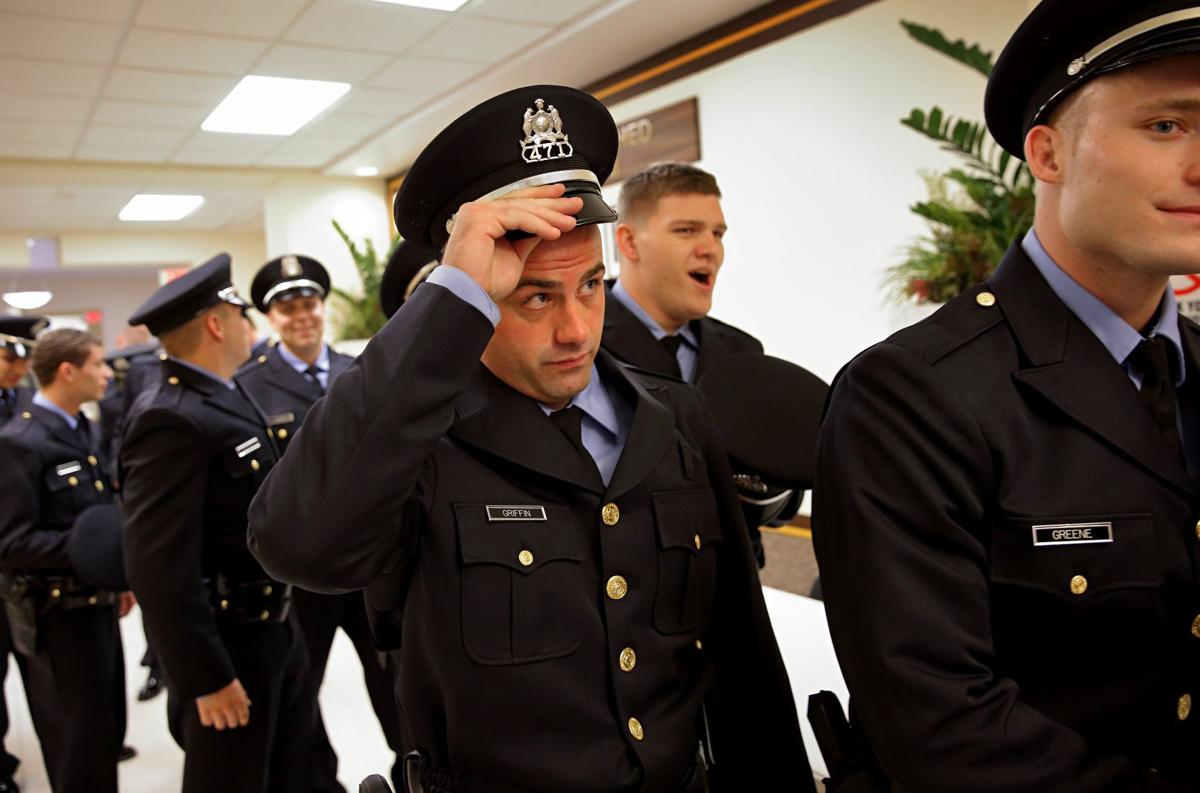 New St  Louis police officer follows in the footsteps of father  And