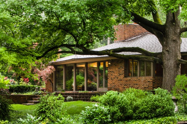 Real Estate Broker Preserves Home Of Renowned Architect In