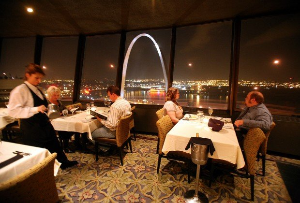 Restaurant On Top Of Millennium Hotel Back Spin Cycle Joe S St Louis Stltoday