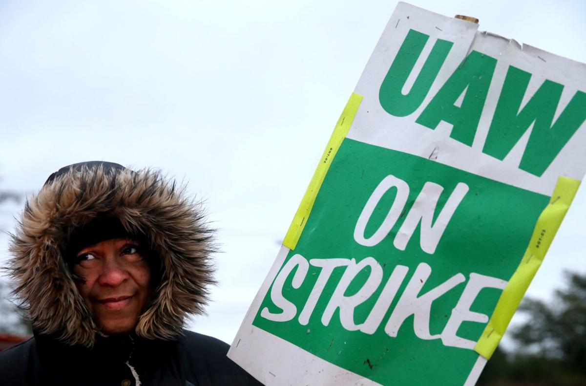 UAW boosts strike pay to $275 a week as GM walkout continues