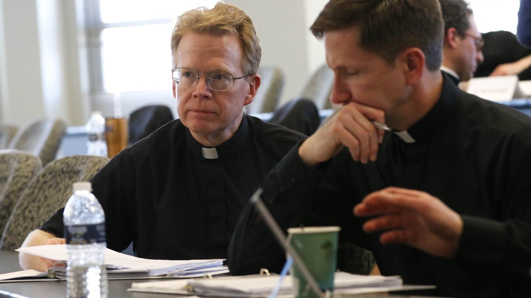 Business program trains priests to become parish CEOs
