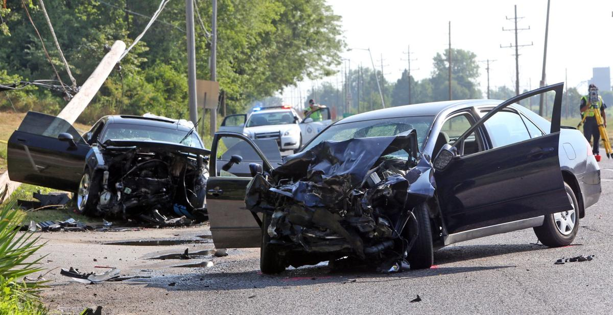 Man killed in head-on crash on Riverview Drive