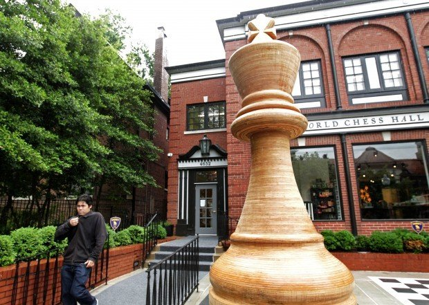 Chess Hall of Fame dedicates 14.5 foot chess piece