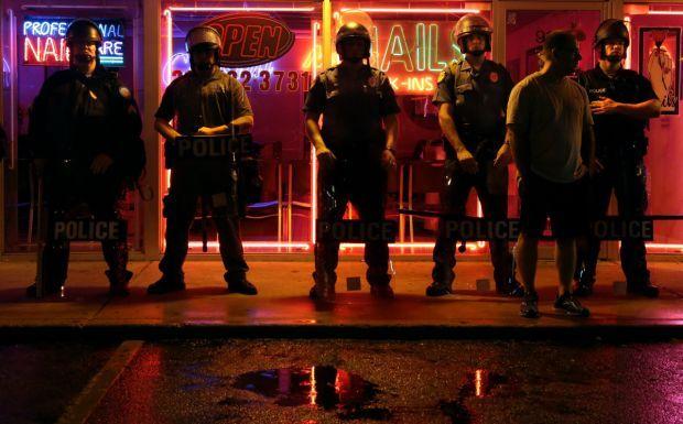 Curfew imminent in Ferguson