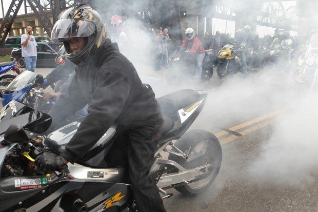 Motorcycle Rally draws thousands