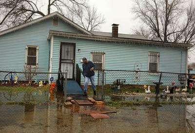 Centreville residents continue fighting flooding, sewer issuies