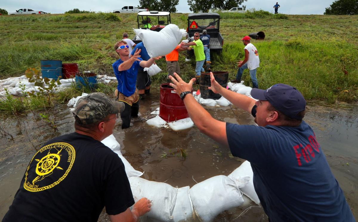Prairie du Rocher firefighters, residents work to save levee