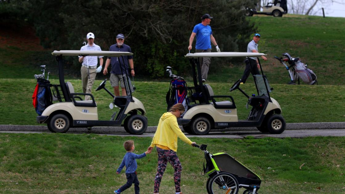 City closes public tennis, basketball courts and bars use of golf carts in Forest Park courses