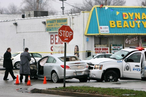 Shooting and crash in St. Louis