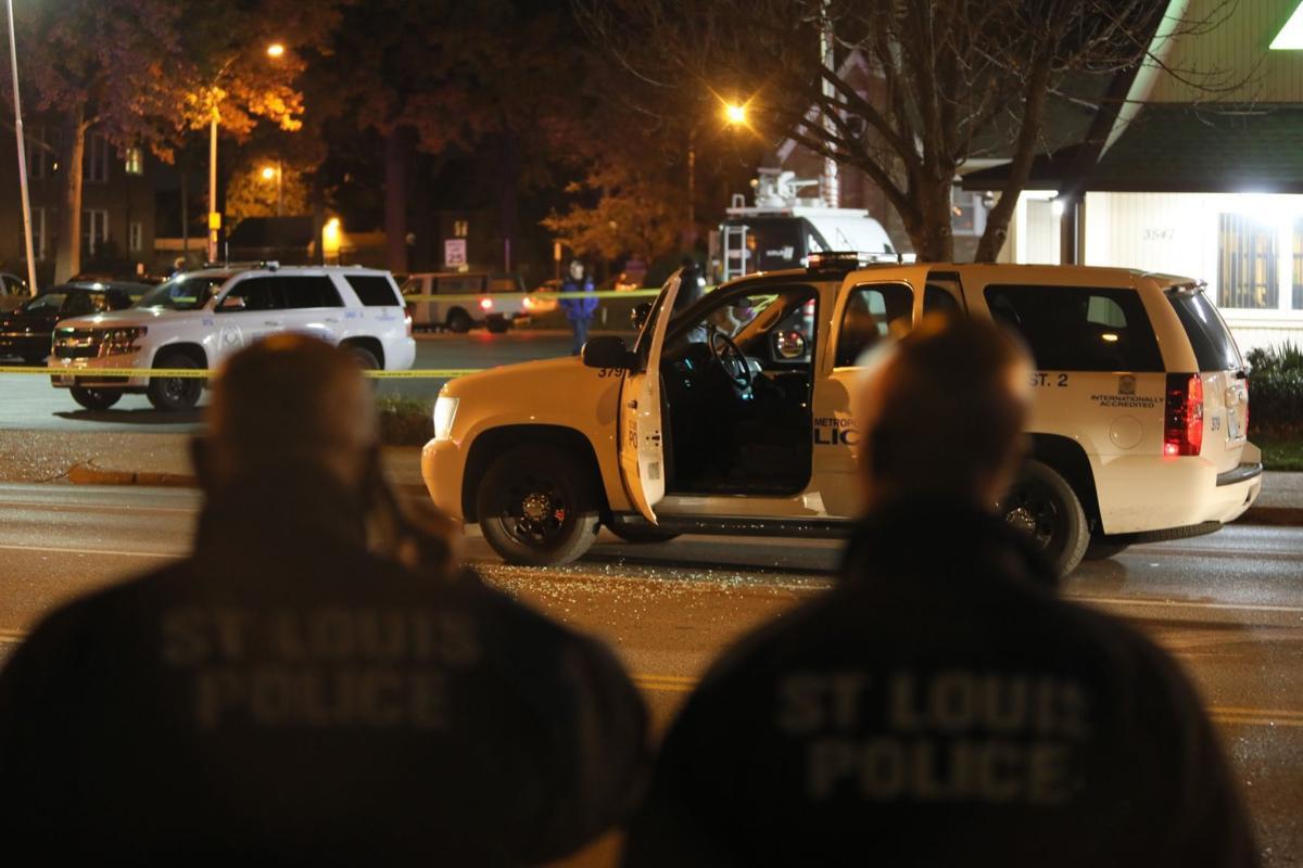 St. Louis police officer shot at Hampton and Pernod