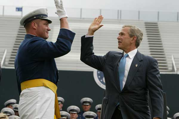 Short take high five a proposed official missouri greeting president george w bush high fives an air force academy graduate m4hsunfo