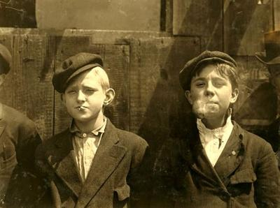 Look Back:  Lewis Hine, 1910 St.Louis photographs