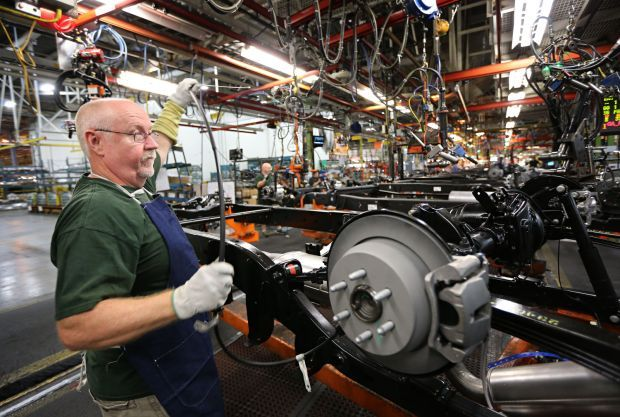 Wentzville gm plant adding third shift 750 jobs for General motors it jobs
