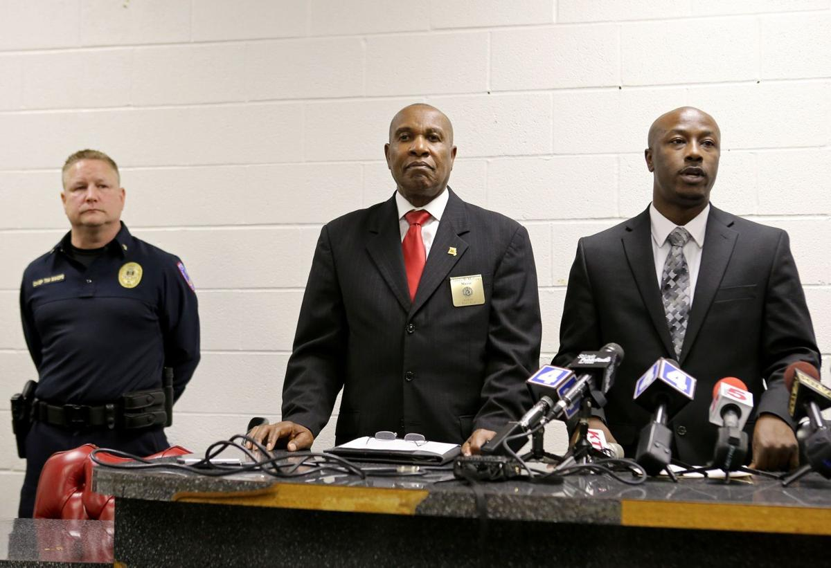 Wellston holds press conference with Vinita Park about policing changes