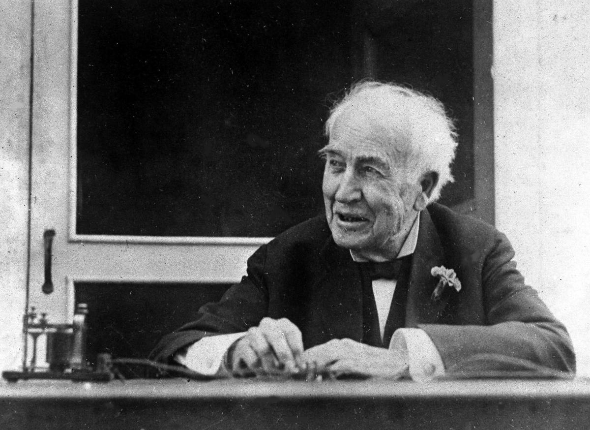 1928: Thomas Edison
