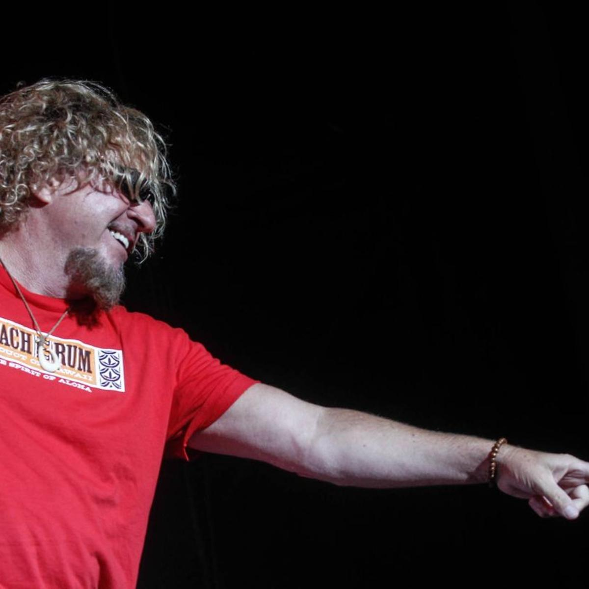 St Louis Continues Its Love Affair With Sammy Hagar Music Stltoday Com