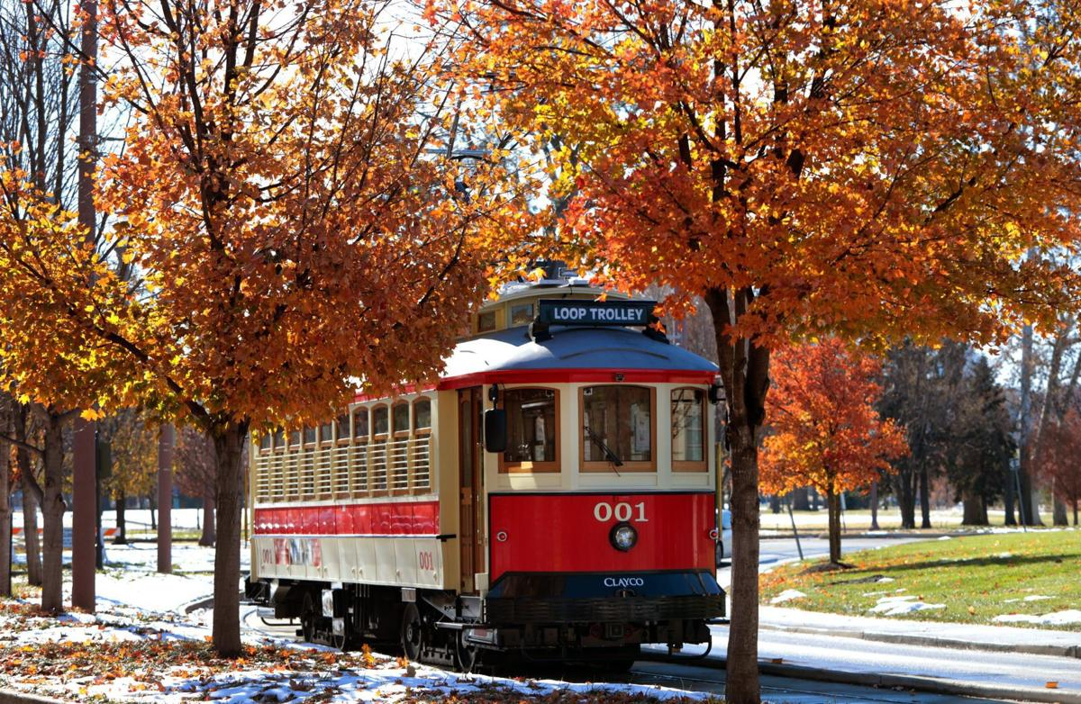 Loop Trolley has a bumpy first day