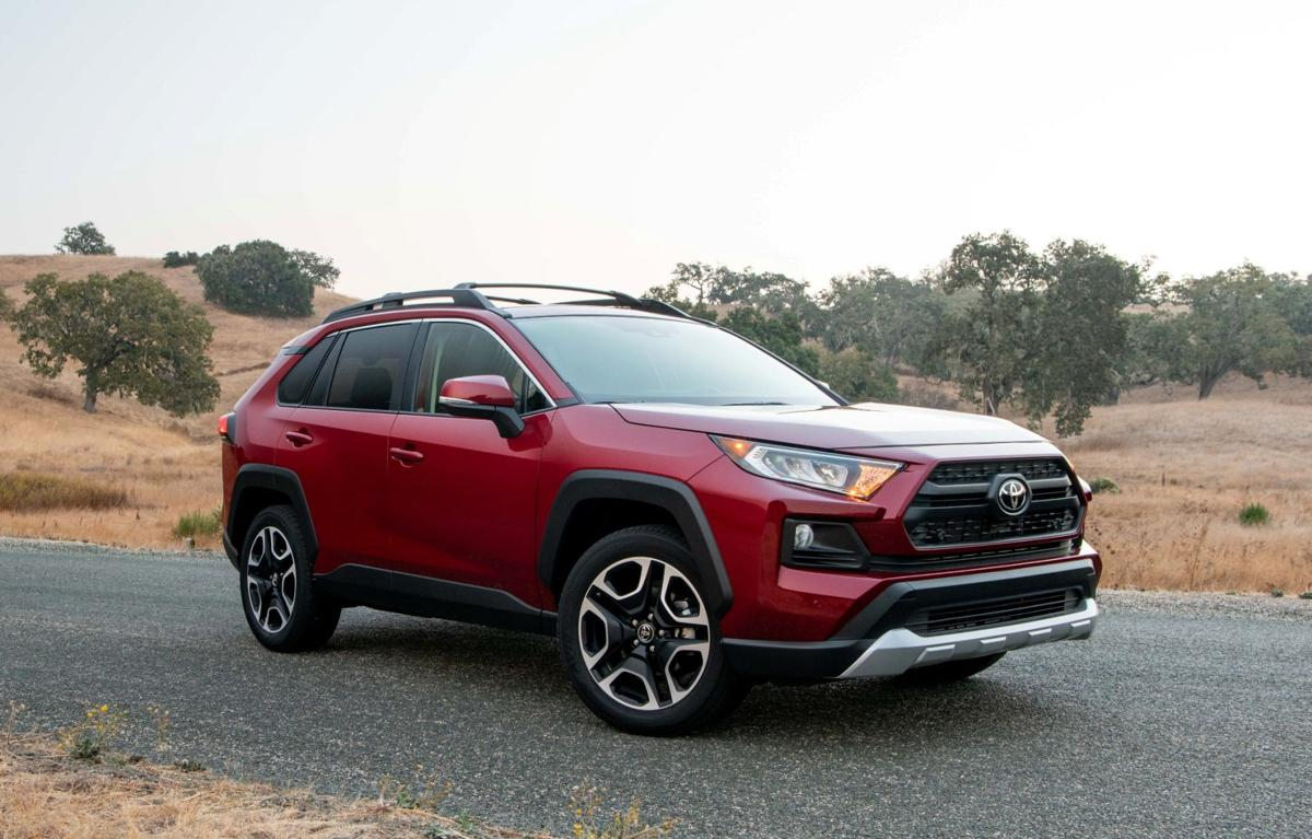 2019 Toyota Rav4 The Segment Leader Moves To Keep Its Lead
