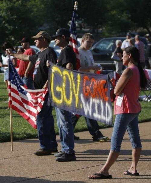 Protesters during Missouri veto session