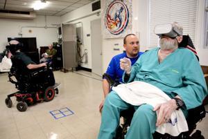 Skydiving, Kajakfahren, Fliegenfischen: Virtual-reality-Therapie ist die Einnahme von paralyzed veterans, um neue Orte
