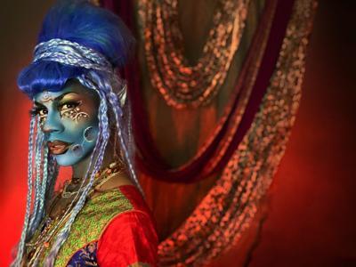 St. Louis drag performer Maxi Glamour